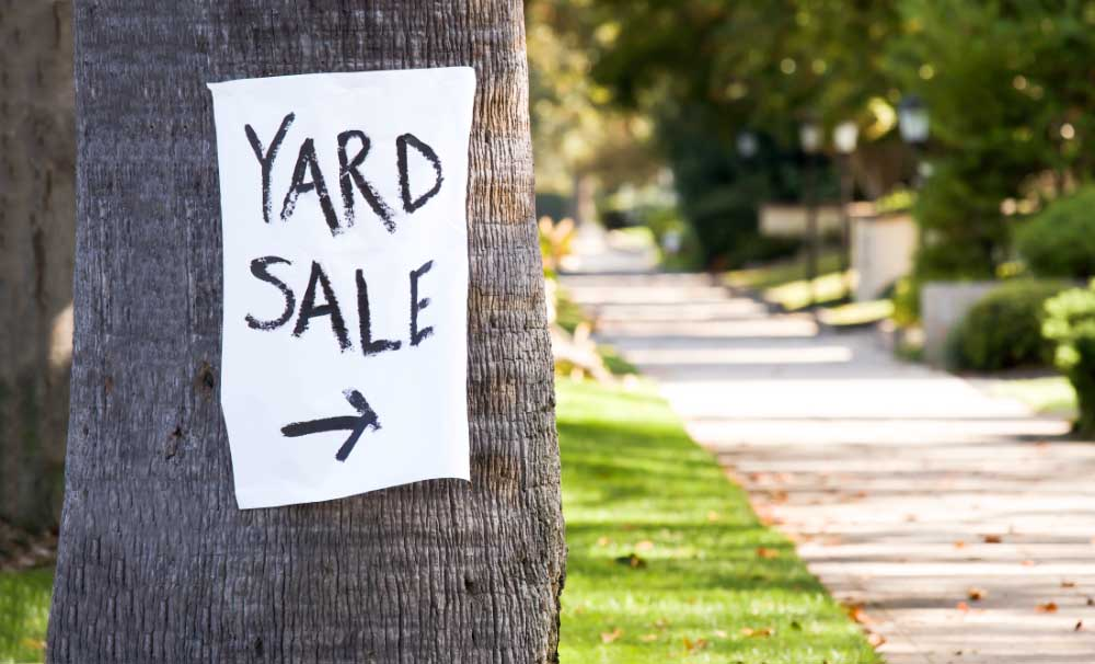 Kitten Rescue's Annual Charity Yard Sale